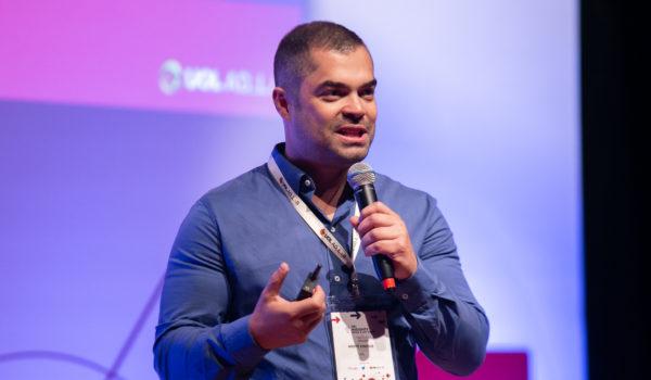 Três formas de reinventar experiência de compra online, segundo André Vinícius, do UOL
