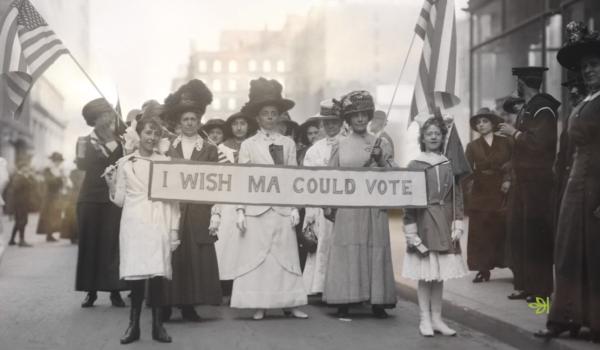 Balanço Dia da Mulher: 3 ações de marca que fizeram o mundo pensar sobre igualdade