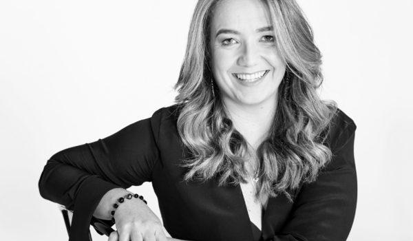 Marcia Esteves, da Lew'Lara: 'Tecnologia de voz fará pessoas voltarem a olhar para frente'