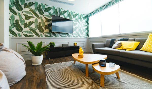 Consumidor de móveis e decoração é fiel a marcas e decide por preço, diz pesquisa